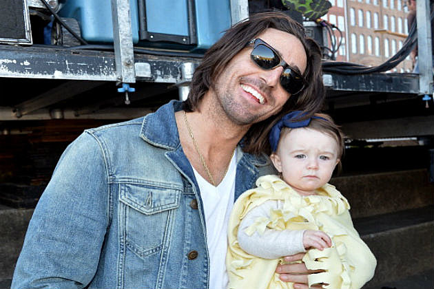 Owen makes time to be one of country music s favorite family men