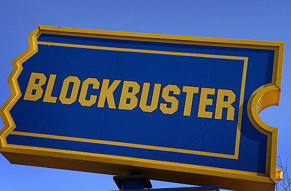 Blockbuster To Close 300 Stores In U.S.